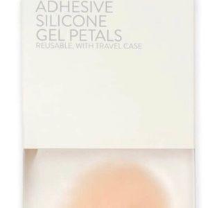 Nordstrom Intimates & Sleepwear - Nordstrom silicone breast petals